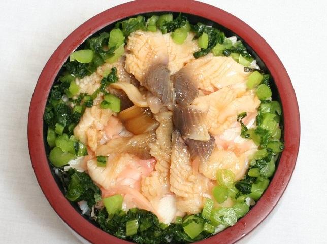 星野リゾート青森屋 ヨッテマレ酒場の生ホッキ丼