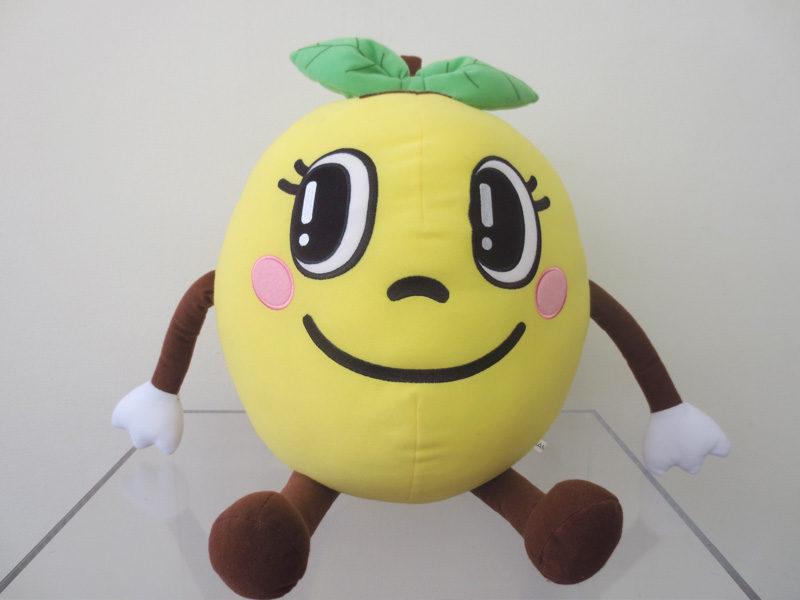 県産の黄色いリンゴのキャラクター 「黄りん(きりん)ちゃん」