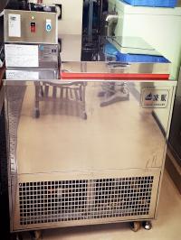 急速冷凍機(リキッドフリーザー)