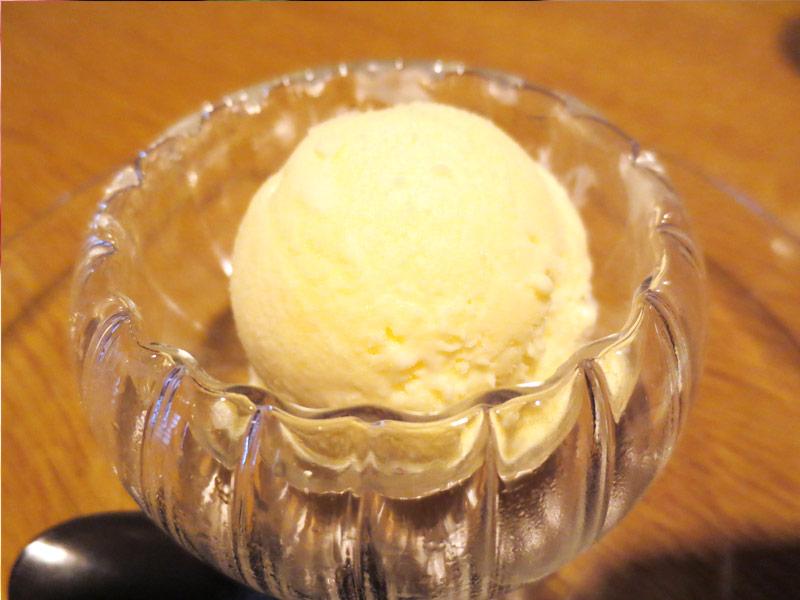 食後のデザート ガーリックアイス