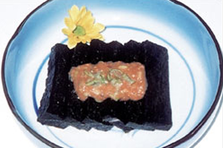 あかはたもち 青森県南部地方の郷土料理