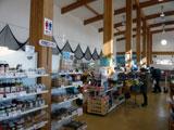 道の駅おがわら湖「湖遊館」 店内の様子