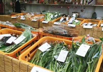 JA十和田おいらせ直売の会(ひまわり)十和田湖支部 地元産の旬の農産物