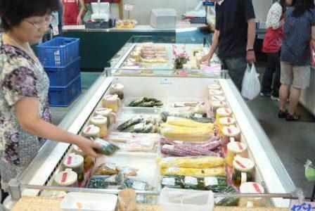 JAつがる弘前直売所 アグリマーケット「四季彩館」店内の様子