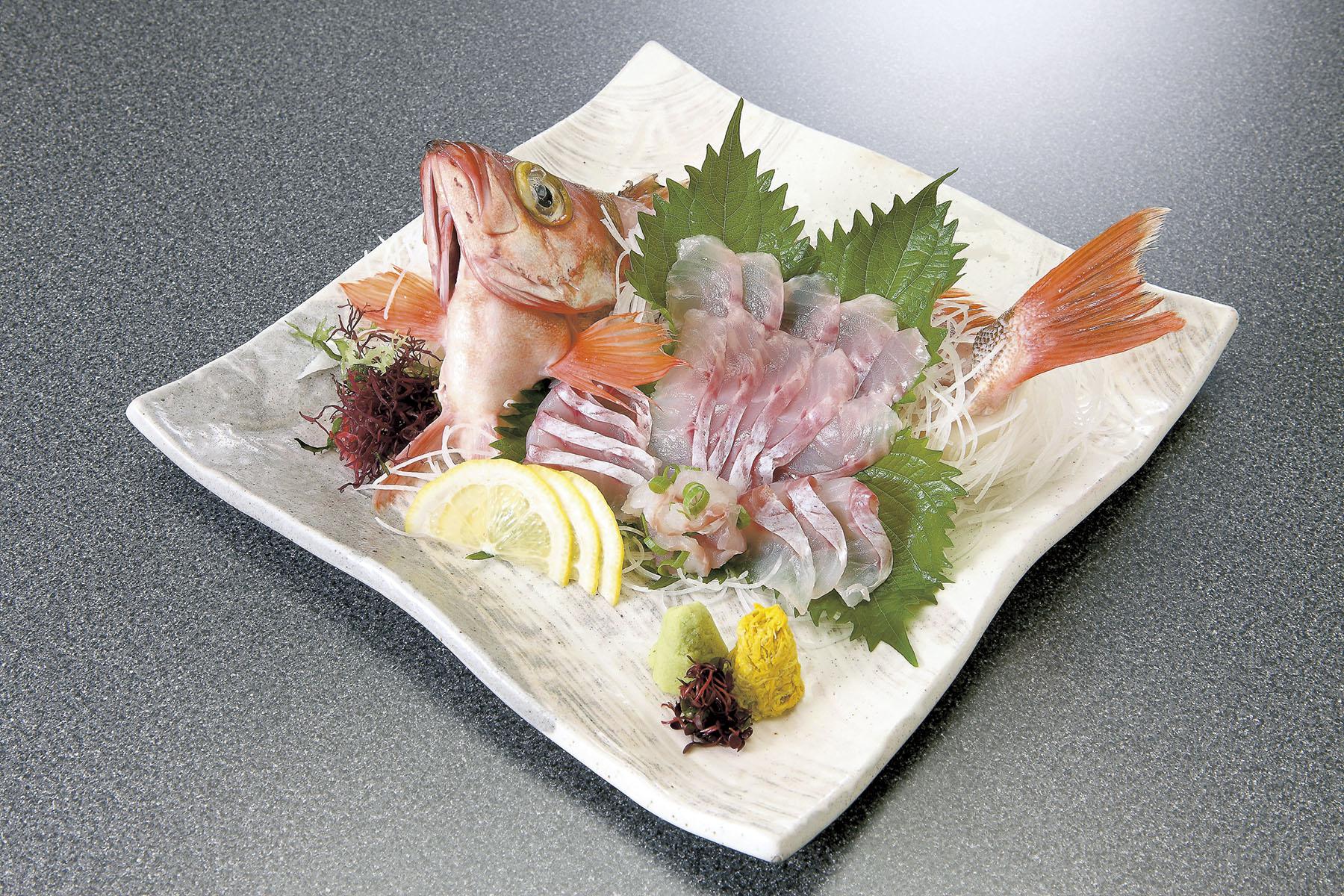 津軽海峡メバルのお刺身