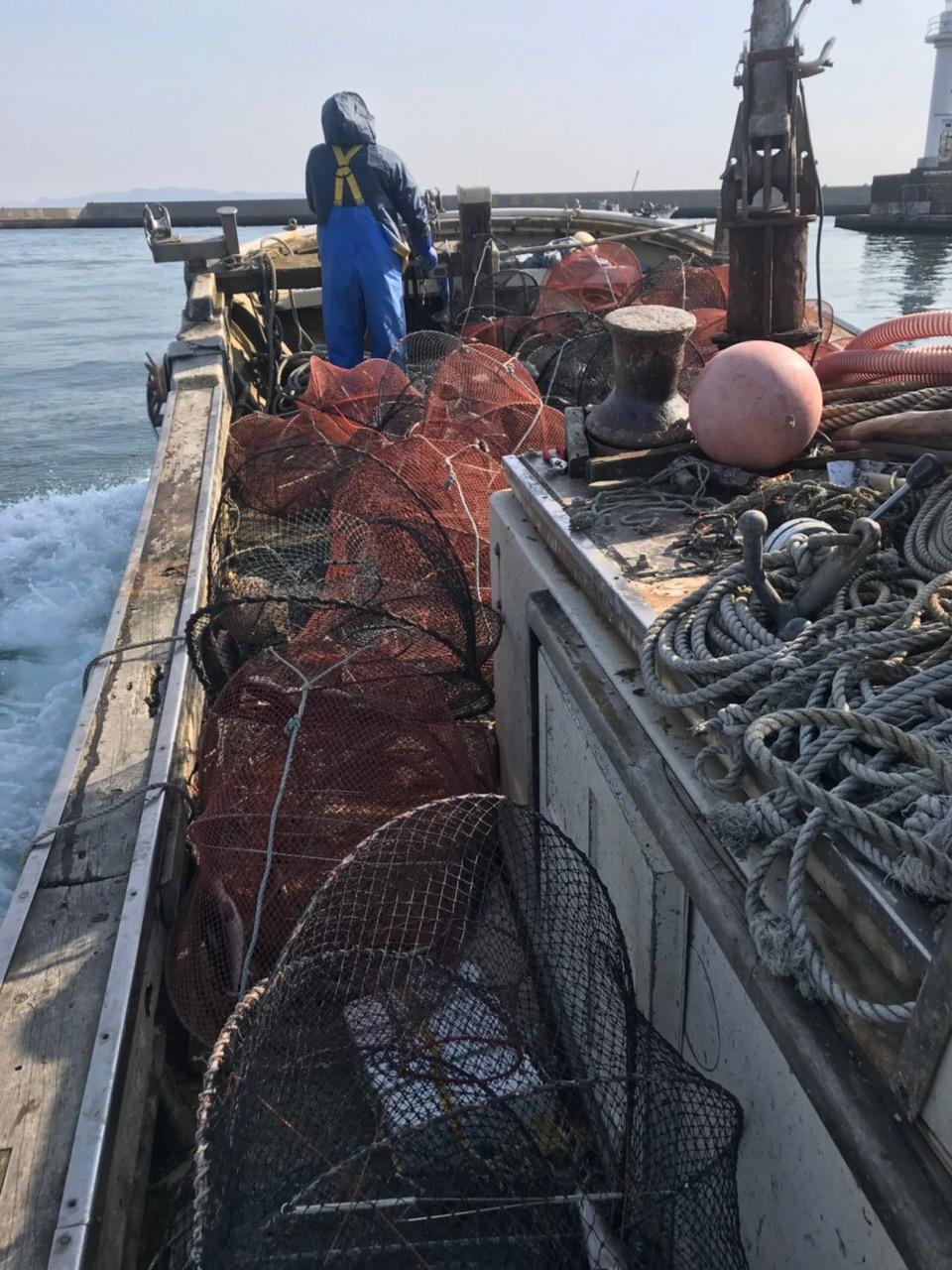 トゲクリガニ漁 船の上
