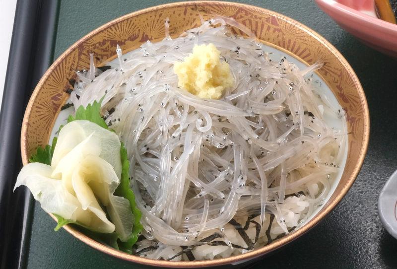 あおもりご当地食めぐり 十和田・三沢食のエリア しらうお丼