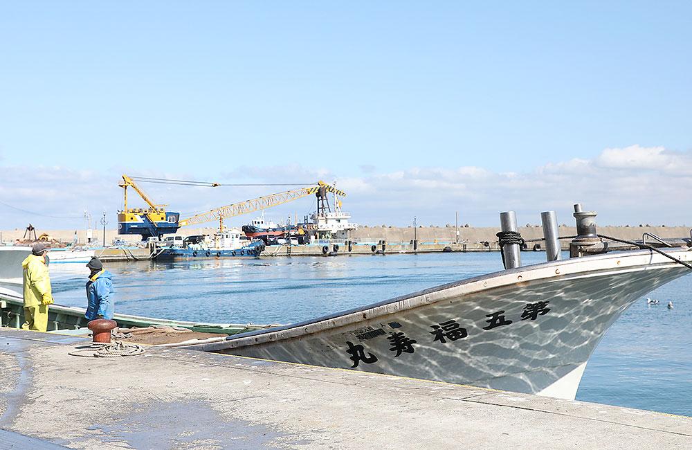 鯵ヶ沢漁港の様子